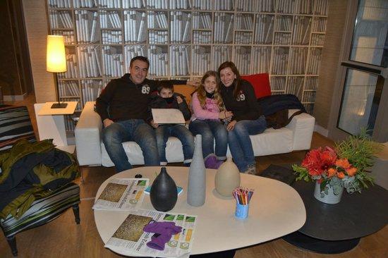 Hotel Apollon Montparnasse: En la recepción