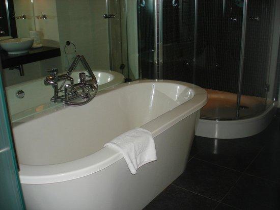 ذا بيكون بوتيك هوتل: Bathroom 