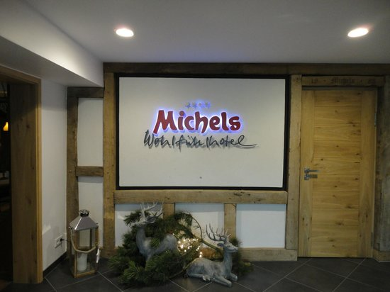 Michels Wohlfühlhotel: entrance at the hotel