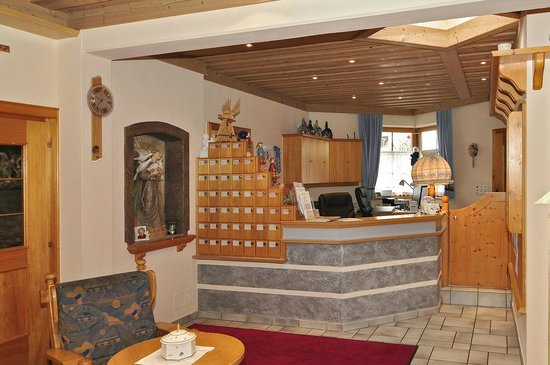 Hotel Flattacher Hof: Rezeption