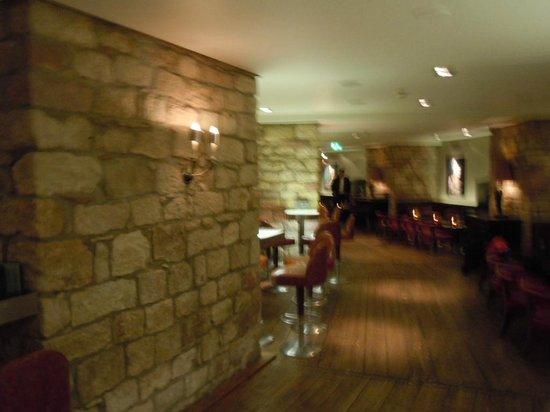 حياة ريجنسي ماينز: Malakoff Bar