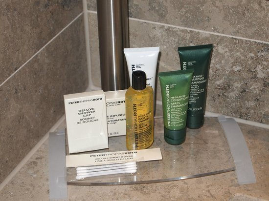 Hilton The Hague: Toiletries from PTR