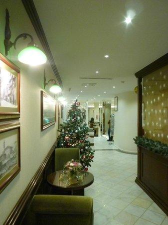 Hotel Ilkay: Lobby