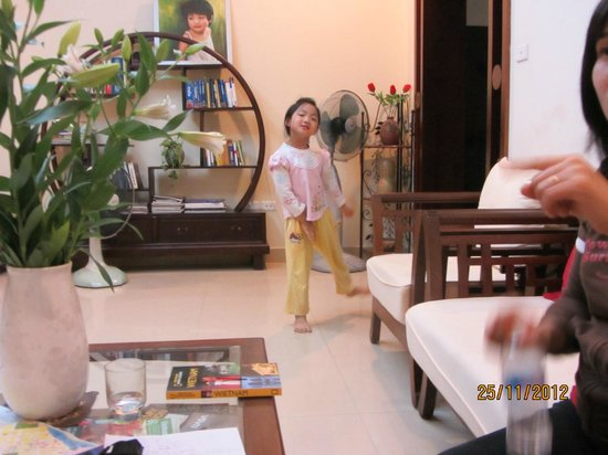 Hanoi Homestay - ChezLinhLinh House: born actress