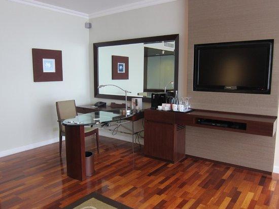Pullman Bangkok Hotel G: Кабинет