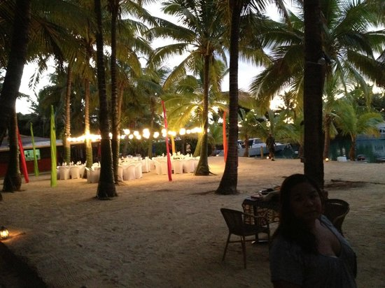 Wananavu Beach Resort: Wedding Reception