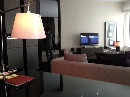 Park Hyatt Shanghai: Park suite http://www.flickr.com/photos/yoshida_101/sets
