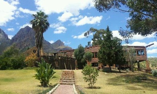 Fairy Glen Private Game Reserve : The Lodge from the chalets