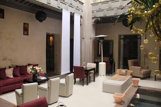 Riad Dar One: salon