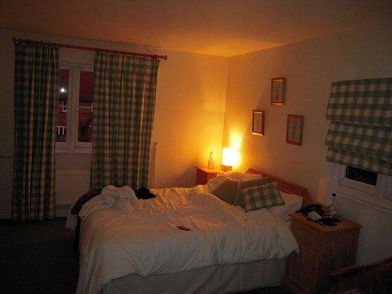 The Greyhound Inn: Room