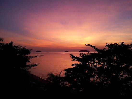 Koh Chang Cliff Beach Resort: Aussicht vom Cliff Superior Zimmer