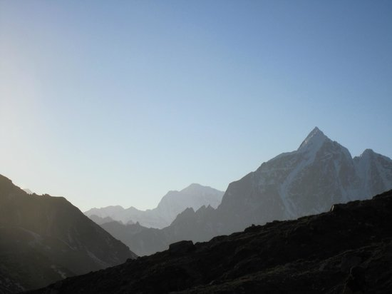 Peak Mountaineering Day Tours: Early morning at Island Peak base-camp