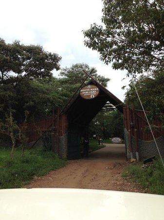 Sarova Mara Game Camp: entrance gate of mara sarova