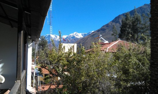 El Albergue Ollantaytambo: The mountains seen from El Albergue