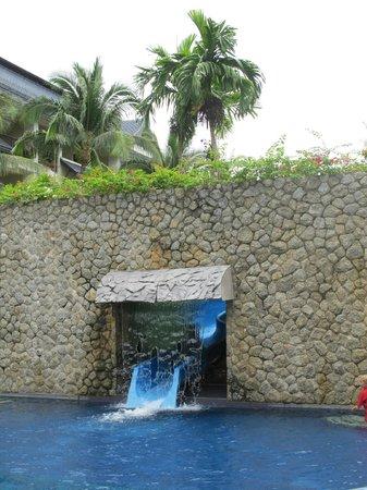 Swissotel Resort Phuket Kamala Beach: Water slide