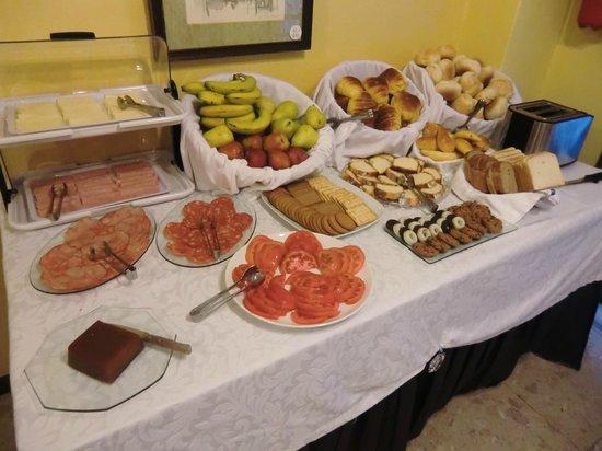 Hotel da Bolsa: 朝食