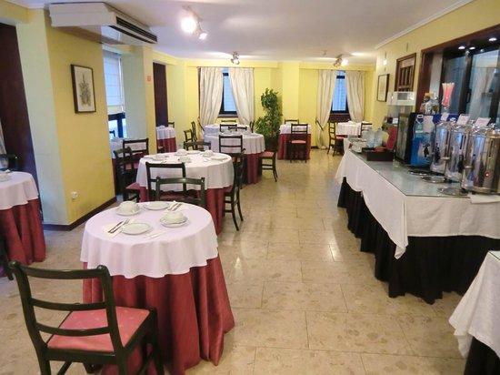 Hotel da Bolsa: 朝食会場