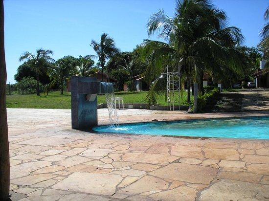 Hotel Fazenda Mar Doce: cascata piscina