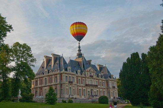 AERFUN Montgolfieres: Vol à partir du château de Baronville