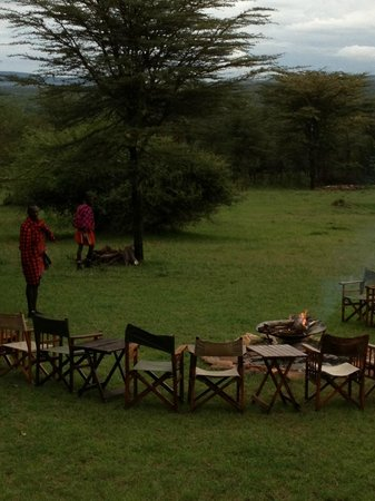 Olderkesi Private Reserve, Kenia: intorno al fuoco