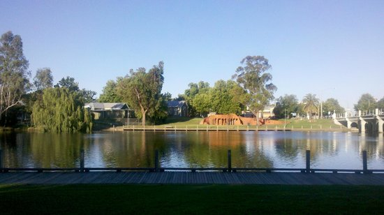 Lake Benalla Walking Track