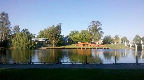 Lake Benalla Walking Track