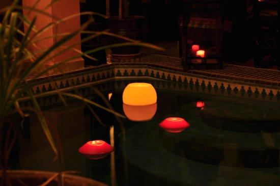 Riad La Rose D'Orient: lumières du soir