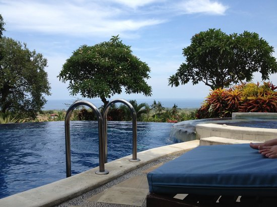 Puri Mangga Sea View Resort & Spa : Pool