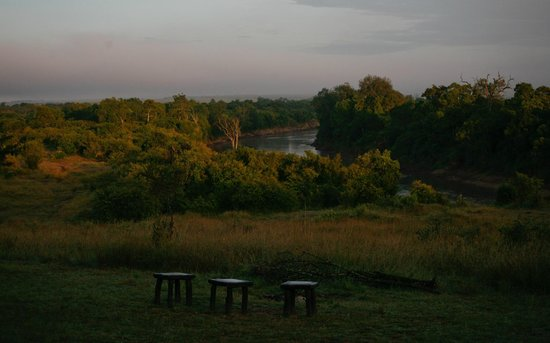 Entim Camp: The last morning - view of the Mara River