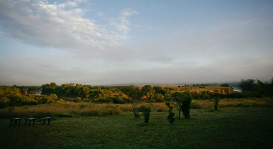 ‪‪Entim Camp‬: View of the Mara River from the camp