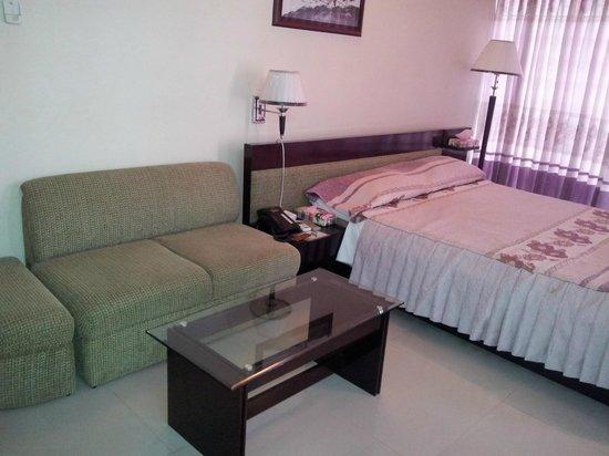 Khulna City, Μπανγκλαντές: Suite Room