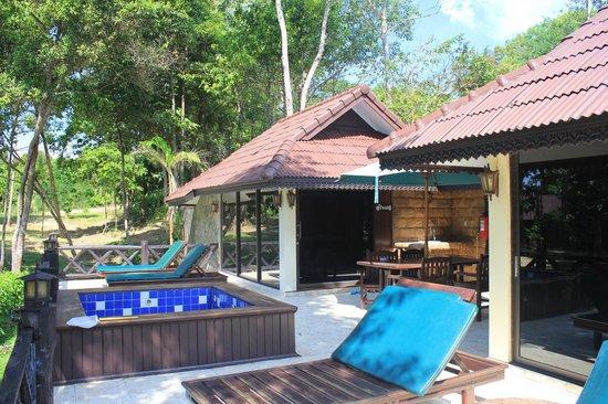 Koh Kood Beach Resort Thai Twin House