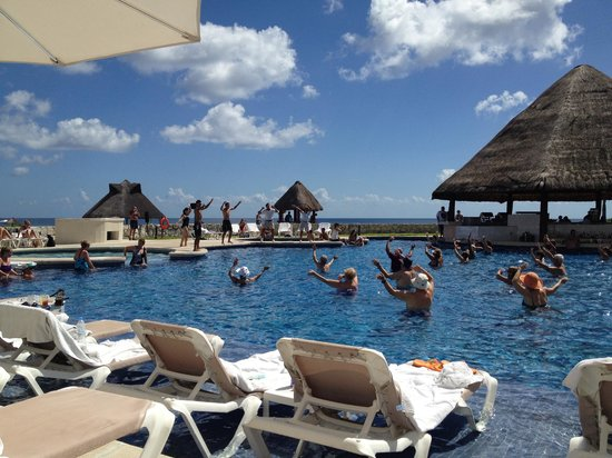 Heaven at the Hard Rock Hotel Riviera Maya: Daily water aerobics