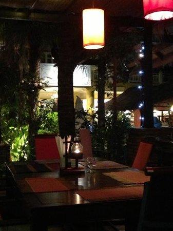 Rashnee Thai Restaurant: ambiance zen