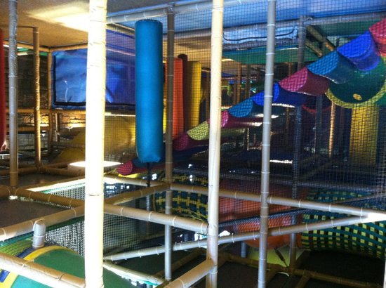 Residence Inn Minneapolis Edina: Play area attached to hotel (extra fee)