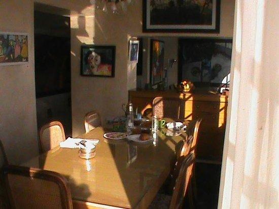 L'Oum Errebia : VIEW OF DINING ROOM