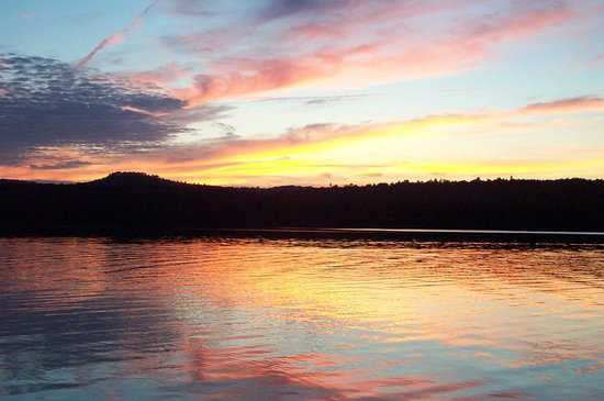 Northern Lights Bed and Breakfast : Stillwater Reservoir - view from boat on water