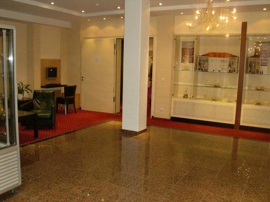 Hotel am Jungfernstieg: Lobby