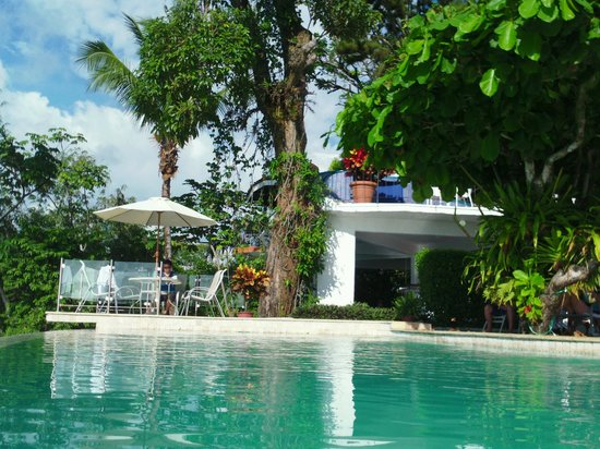 لا ماريبوسا هوتل: Swim up bar 