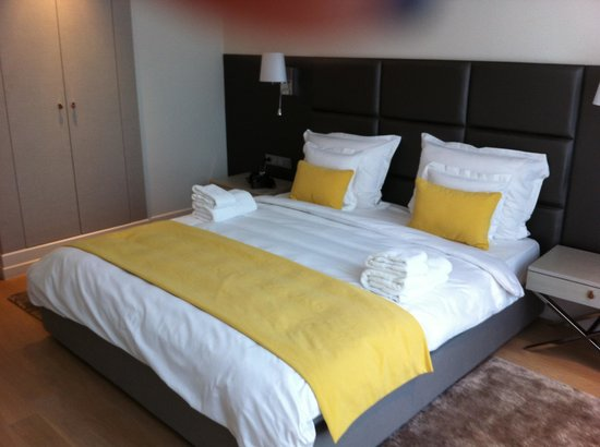 H15 Boutique : bedroom