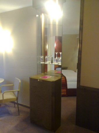 Crowne Plaza Hotel Hannover: Crowne Plaza Hannover - Minibar