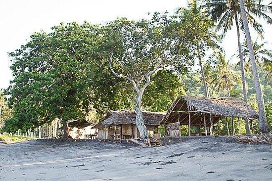 Jeeva Klui Resort: Weekends Warungs at Klui beach