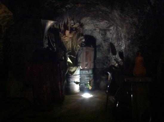 Taberna dei Sentori : l'ingresso della grotta interna!