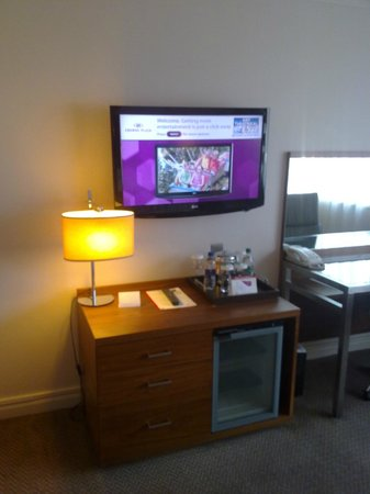 Crowne Plaza Manchester Airport: CP Manchester Airport - Room view
