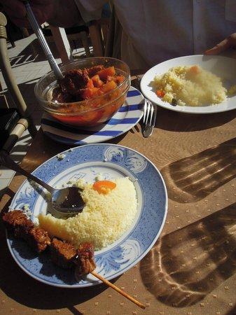 El Khaima: le couscous assez moyen