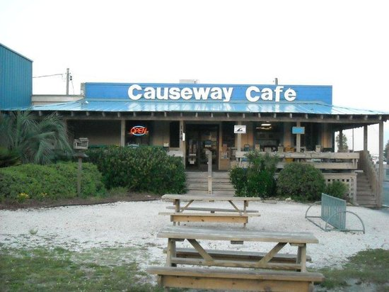 Mike & Katy's Causeway Cafe : Causeway Cafe from the street
