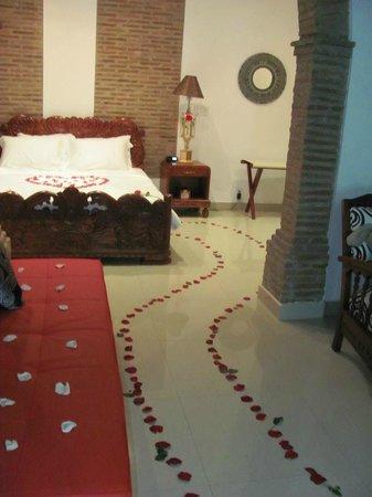 Casa de Isabella - a Kali Hotel: Decoración noche de bodas
