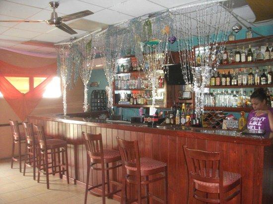 Daddy Joes Bar