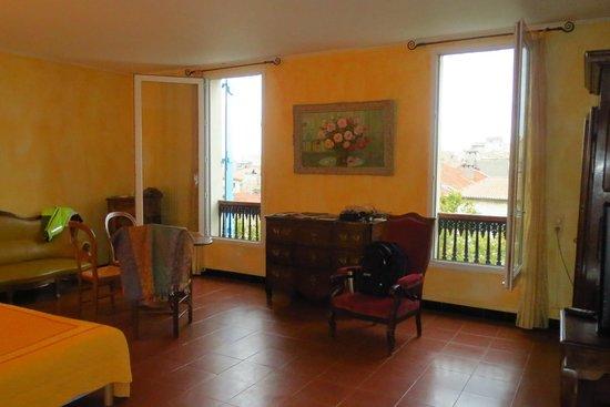Hotel du Forum: La chambre juane!
