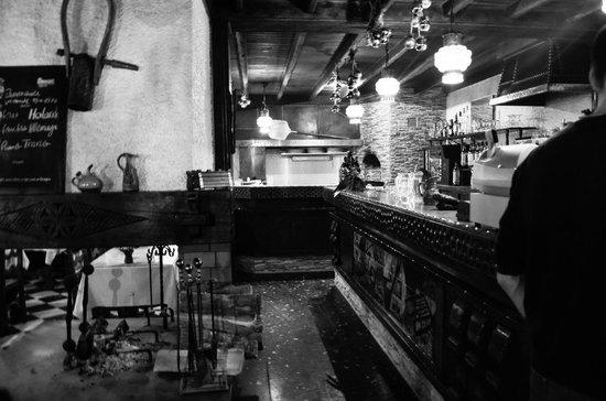 Le Schuss: Coté Bar